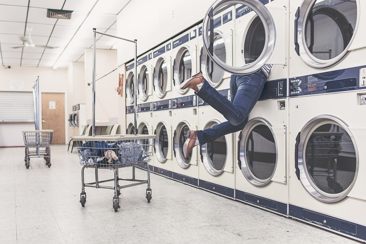 Hotel laundry and housekeeping services account for a surprising chunk of hotel water usage & high costs! Use these tips to reduce water usage and save money in your hotel.