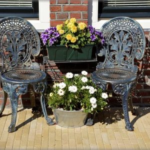 Ready for spring? Boost your building's curb appeal by making some simple fixes, like adding an outdoor seating area with garden flowers or ornamental landscaping to make outdoor spaces more appealing.