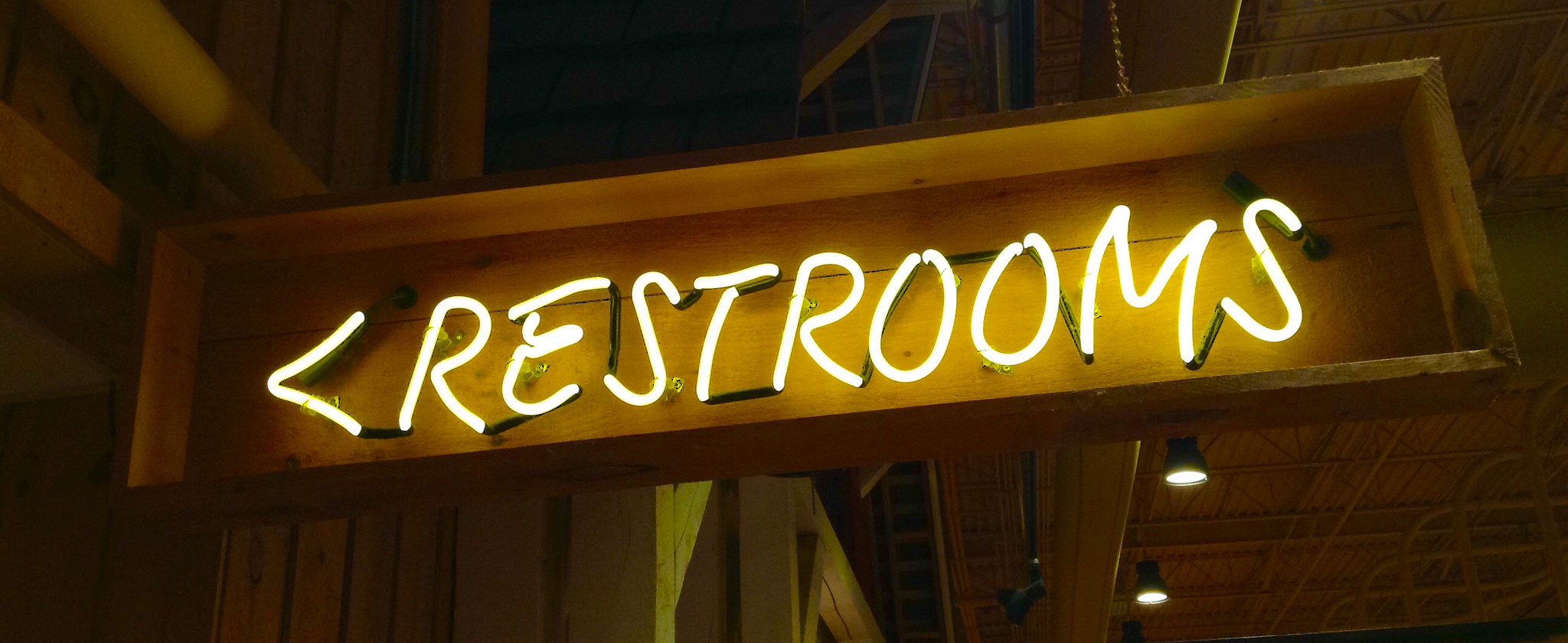 restaurant restrooms neon sign