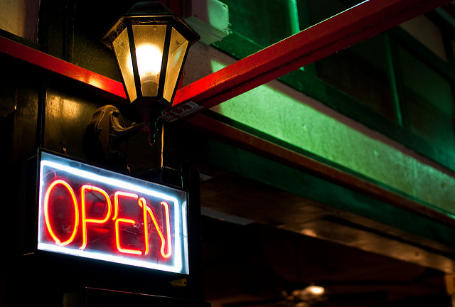 Keep these restaurant start up tips in mind for the greatest success! open sign street lamp
