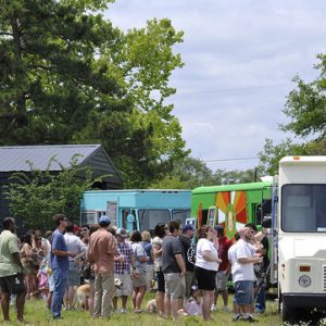 There are a lot of great reasons to start a food truck and long lines are just one of them!