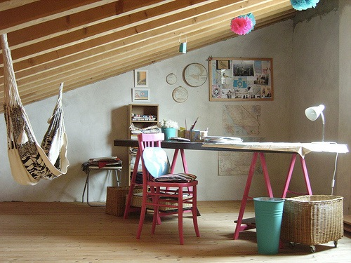 studio apartments are tiny but powerful! These are some great tips on how to spruce up small spaces.