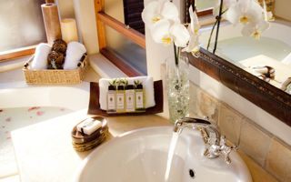 Looking to reduce hotel water costs? Here are some great tips.