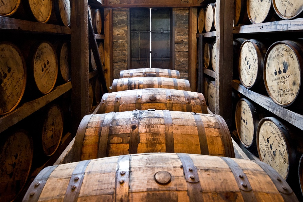 barrels became the ideal container for transporting goods including beer, wine, and spirits