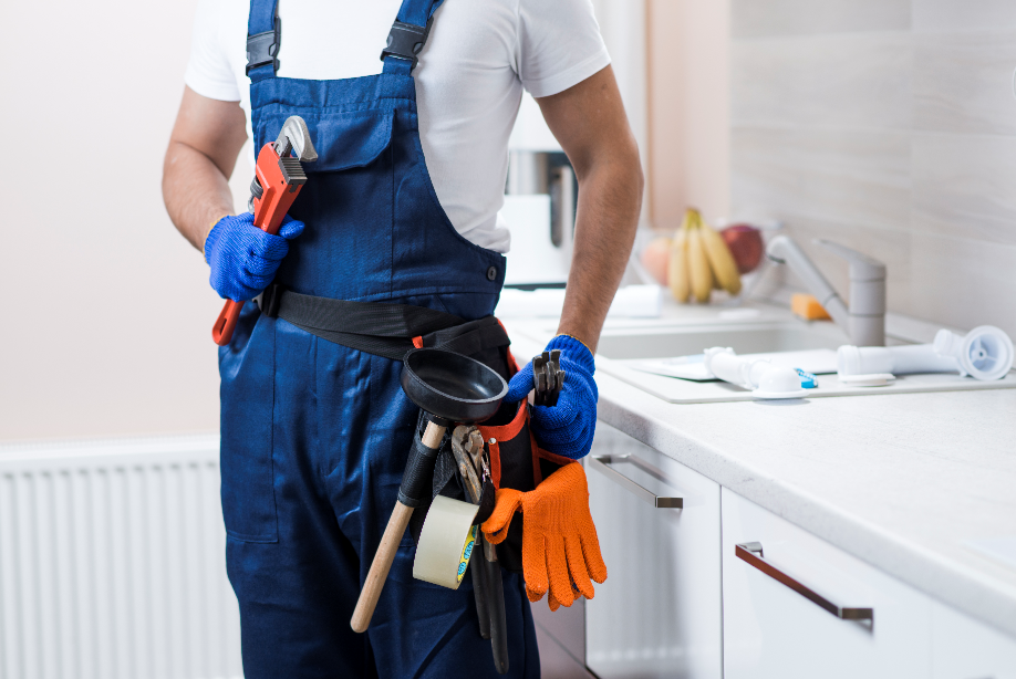 Encourage building maintenance teams to keep work areas and their gear clean and sanitized