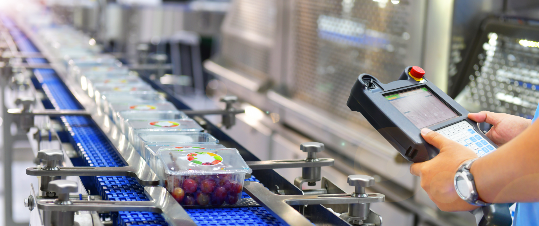 Here are 6 steps plant managers and facility owners should take to ensure the safety of manufacturing employees during the Coronavirus pandemic.